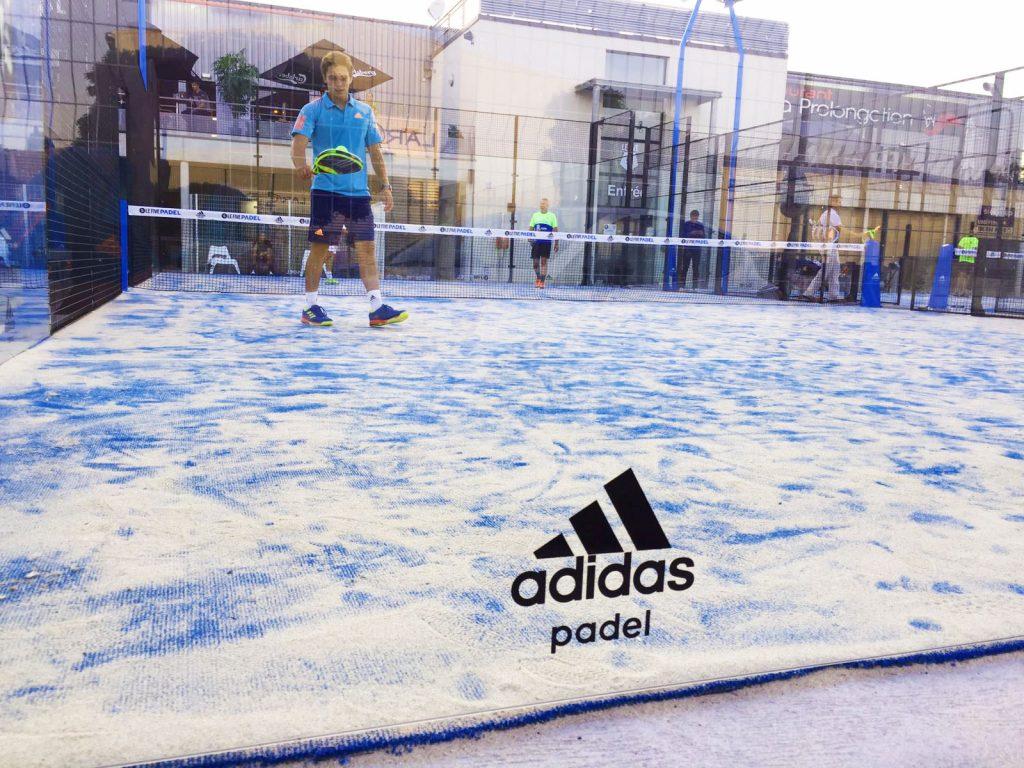 Pista de pádel Adidas instalada en Francia